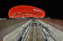 THEMENBILD - die Allianz Arena in Muenchen, im Bild die ALLIANZ ARENA am Abend, Aussenansicht mit Parkdeck, Bild aufgenommen am 16.04.2013, Allianz Arena, Muenchen, Deutschland. EXPA Pictures © 2013, PhotoCredit: EXPA/ Eibner/ Bert Harzer..***** ATTENTION - OUT OF GER *****