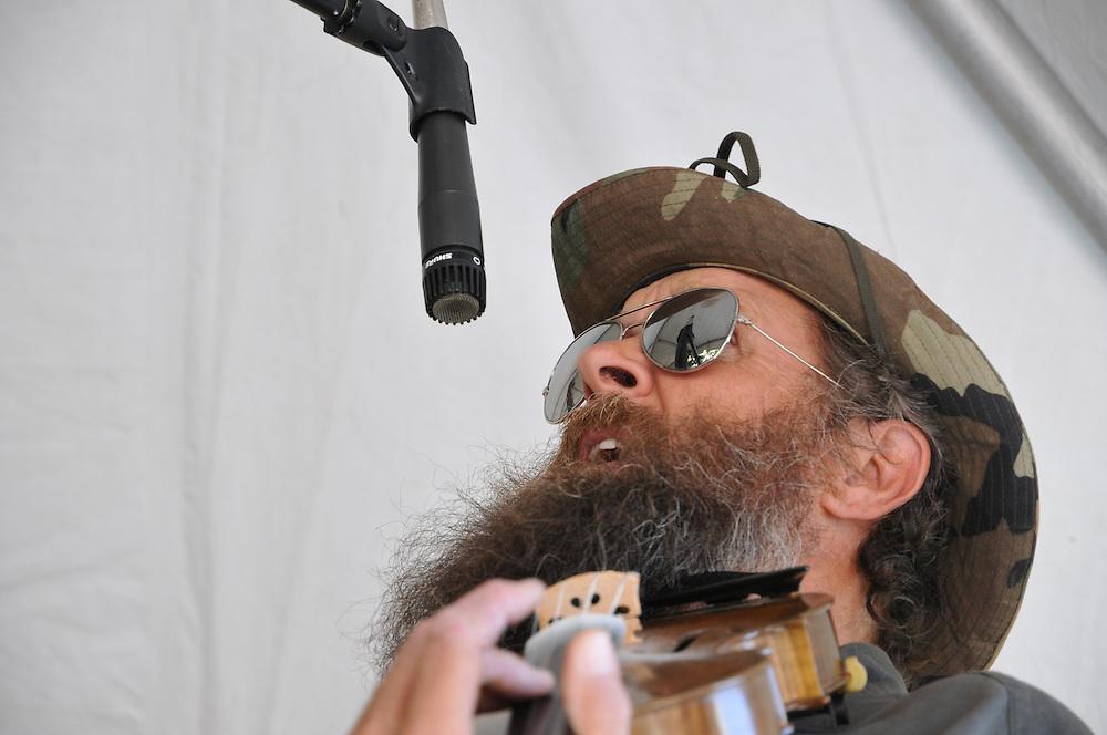 Titan Valley Warheads concert at 2011 Tucson Folk Festival. Event photography by Martha Retallick.