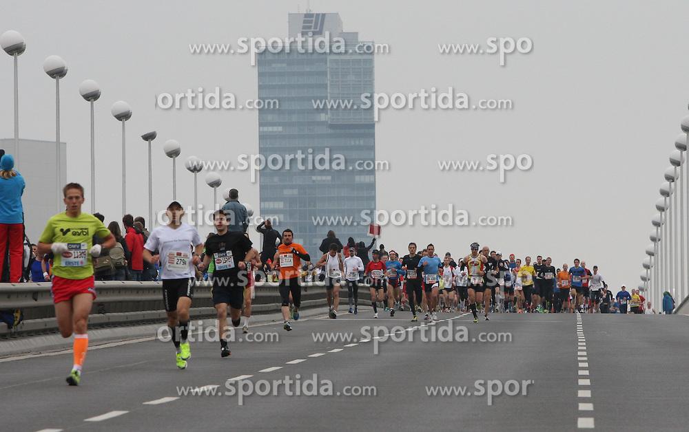 15.04.2012, Wien, AUT, Vienna City Marathon 2012, im Bild Start // during the Vienna City Marathon 2012, Vienna, Austria on 15/04/2012,  EXPA Pictures © 2012, PhotoCredit: EXPA/ Stephan Woldron