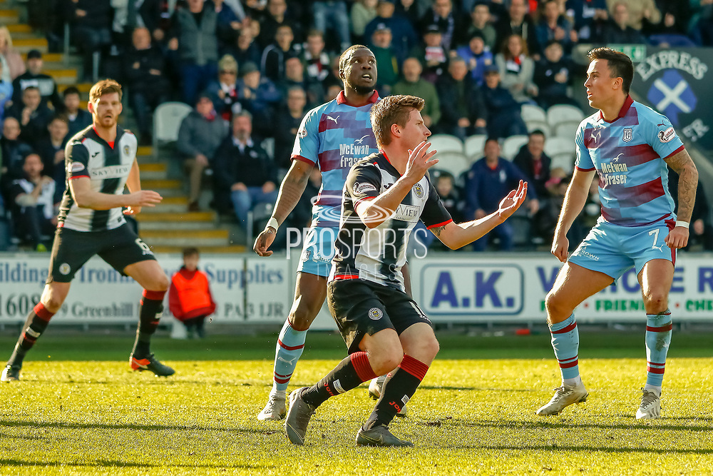 Anders Dreyer of St Mirren comes close to scoring during the Ladbrokes Scottish Premiership match between St Mirren and Dundee at the Paisley 2021 Stadium, St Mirren, Scotland on 30 March 2019.