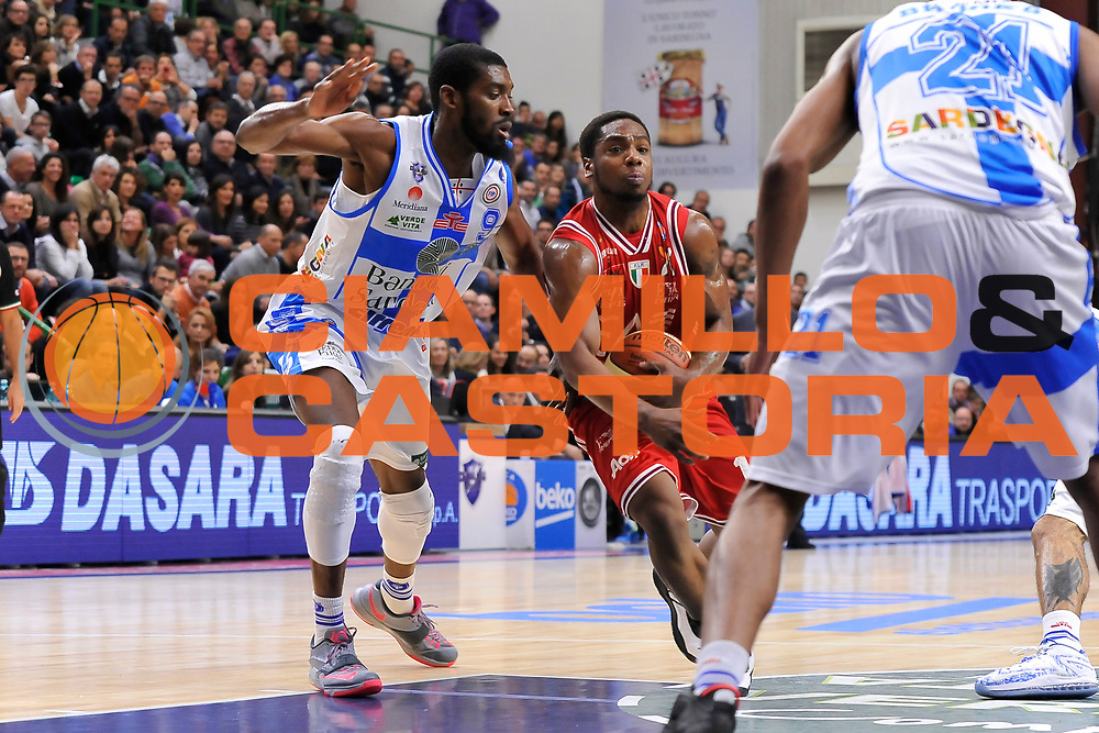 DESCRIZIONE : Campionato 2014/15 Dinamo Banco di Sardegna Sassari - Olimpia EA7 Emporio Armani Milano<br /> GIOCATORE : Joe Ragland<br /> CATEGORIA : Palleggio Penetrazione<br /> SQUADRA : Olimpia EA7 Emporio Armani Milano<br /> EVENTO : LegaBasket Serie A Beko 2014/2015<br /> GARA : Dinamo Banco di Sardegna Sassari - Olimpia EA7 Emporio Armani Milano<br /> DATA : 07/12/2014<br /> SPORT : Pallacanestro <br /> AUTORE : Agenzia Ciamillo-Castoria / Claudio Atzori<br /> Galleria : LegaBasket Serie A Beko 2014/2015<br /> Fotonotizia : Campionato 2014/15 Dinamo Banco di Sardegna Sassari - Olimpia EA7 Emporio Armani Milano<br /> Predefinita :