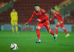 WREXHAM, WALES - Tuesday, November 17, 2015: Wales' Wesley Burns in action against Romania during the UEFA Under-21 Championship Qualifying Group 5 match at the Racecourse Ground. (Pic by David Rawcliffe/Propaganda)