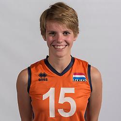 07-06-2016 NED: Jeugd Oranje meisjes &lt;2000, Arnhem<br /> Photoshoot met de meisjes uit jeugd Oranje die na 1 januari 2000 geboren zijn / Wies van Solkema