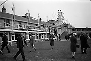 08/05/1965<br /> 05/08/1965<br /> 08 May 1965<br /> The 1965 Gold Flake Meeting at Leopardstown Racecourse, Co. Dublin. Image shows a view of the grounds at Leopardstown race course , note the tower.