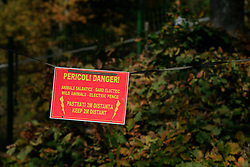ROMANIA ZARNESTI 27OCT12 - Wildlife warning sign at the Zarnesti Bear Sanctuary in Romania, funded by WSPA...With over 160 acres (70 hectares) spread over a wooded hillside, it is Romania's first bear sanctuary and today houses 67 bears rescued from ramshackle zoos and cages at roadside restaurants.......jre/Photo by Jiri Rezac / WSPA..© Jiri Rezac 2012