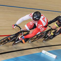 06-11-2016: Wielrennen: NK Teamsprint en Ploegenachtervolging : Apeldoorn  <br /> APELDOORN (NED) wielrennen  <br /> Volgas naar de titel op de teamsprint  Jeffrey Hoogland, Hugo Haak