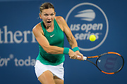 Simona Halep of Romania in action during her second-round match at the 2018 Western and Southern Open WTA Premier 5 tennis tournament, Cincinnati, Ohio, USA, on August 15th 2018 - Photo Rob Prange / SpainProSportsImages / DPPI / ProSportsImages / DPPI