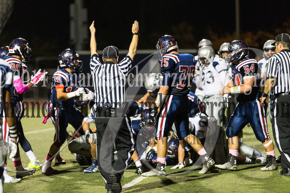 Temecula, CA - October 17, 2014: Great Oak Varsity Football defeats Chaparral football 35-10 in the Southern Section league match up on Friday night.  Image Credit: Amanda Schwarzer
