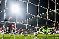 ALKMAAR - 19-12-2015, AZ - FC Utrecht, AFAS Stadion, 2-2, FC Utrecht speler Sebastien Haller, AZ speler Gino Coutinho