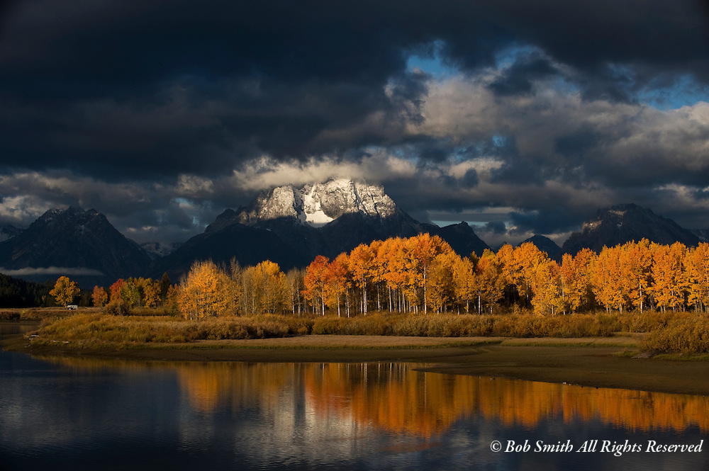 Oxbow Bend at sunrise in fall , Grand Teton National Park,  WY 20081007