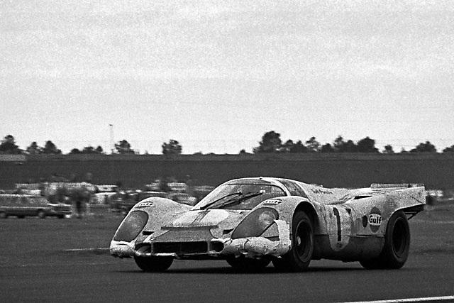 Porsche 917K at 1970 Daytona 24 Hours race, early morning