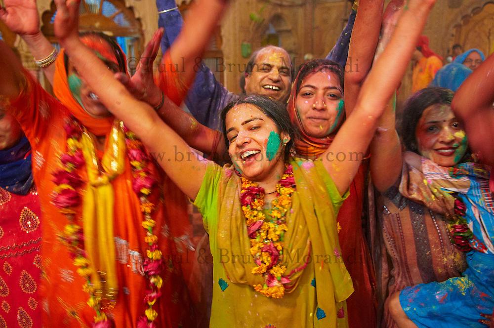 Inde, Uttar Pradesh, fete de Holi, Fete de la couleur et du printemps qui celebre les amours de Krishna et Radha // India, Uttar Pradesh, Holi festival, color and spring festival, celebrate the love between Krishna and Radha.