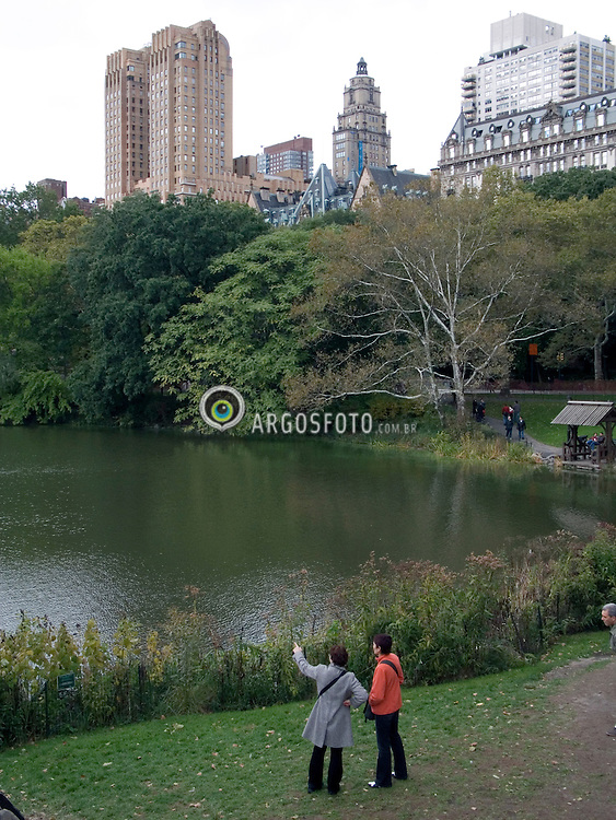 New York, NY, USA    23/Outubro/2005.Central Park, no inicio do outono./ Central Park, autumn. Central Park is a large public, urban park in the borough of Manhattan in New York City..Foto Marcos Issa/Argosfoto