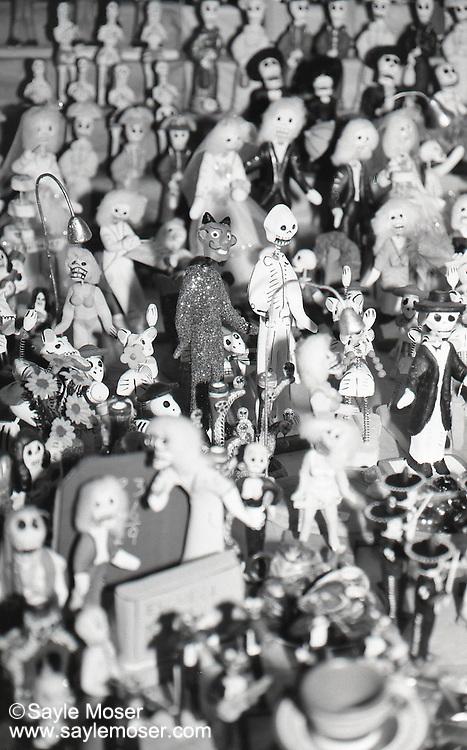 Dia De Los Muertos Day Of The Dead Mexican Folk Art Dolls Fine Art