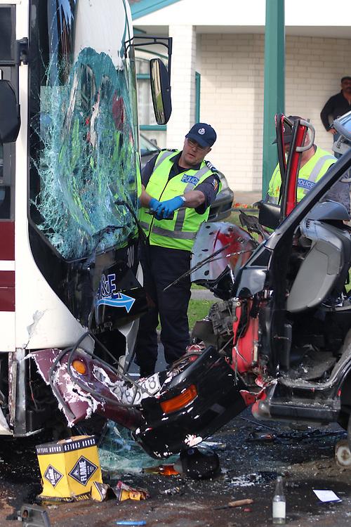 Emergency services at a serious head on bus crash on Kilkenny Drive, East Tamaki, New Zealand, Saturday, May 30, 2015. Credit:SNPA / Matt Hunt