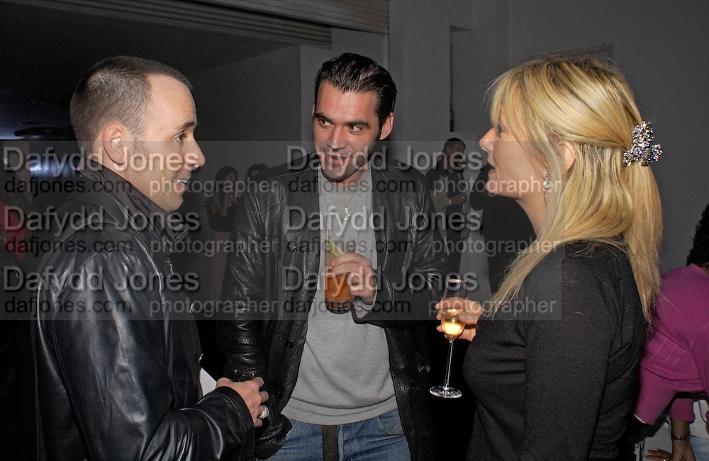 David Furnish, Roland Mouret and Gaby RoslinLancome Colour Design Awards, Ex-Saatchi gallery, 17 November 2004. ONE TIME USE ONLY - DO NOT ARCHIVE  © Copyright Photograph by Dafydd Jones 66 Stockwell Park Rd. London SW9 0DA Tel 020 7733 0108 www.dafjones.com