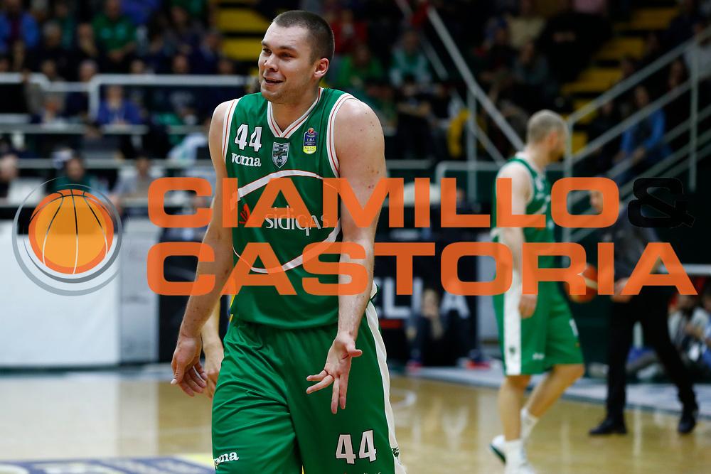 Fesenko Kyrylo<br /> Sidigas Avellino - Vanoli Basket Cremona<br /> Lega Basket Serie A 2017/2018<br /> Avellino, 08/04/2018<br /> Foto Ciamillo-Castoria/A. De Lise