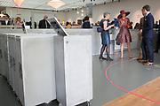 Koningin Maxima opent tentoonstelling Design Derby: Nederland-België (1815-2015)  in Museum Boijmans Van Beuningen , Rotterdam. Nederland en België proberen elkaar al eeuwenlang de loef af te steken op het gebied van design.  De verschillen en overeenkomsten worden  in beeld gebracht bij de expositie <br /> <br /> Queen Maxima opens exhibition Design Derby: Netherlands-Belgium (1815-2015) at the Museum Boijmans Van Beuningen, Rotterdam. Netherlands and Belgium are trying to stabbing each other for centuries the better of in the field of design. The differences and similarities are portrayed in the exhibition