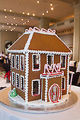 2013-12-15 Davio's Gingerbread House Workshop