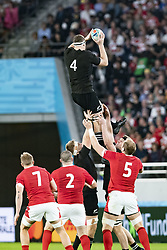 November 1, 2019, Tokyo, Japan: New Zealand's Brodie Retallick catches the line out during the Rugby World Cup 2019 Bronze Final between New Zealand and Wales at Tokyo Stadium. New Zealand defeats Wales 40-17. (Credit Image: © Rodrigo Reyes Marin/ZUMA Wire)