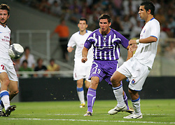 Xavier Pentecote nearly scores. Toulouse v Trabzonspor, Europa Cup, Second Leg, Stade Municipal, Toulouse, France, 27th August 2009.