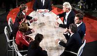 Nederland. Den Haag, 4 juni 2009.<br /> Europese Verkiezingen UItslagenavond. Fractievoorzitters uit de Tweede Kamer in het Atrium bij een afsluitend debat. Wilders in een fel debat met Pechtold.<br /> Foto Martijn Beekman<br /> NIET VOOR PUBLIKATIE IN LANDELIJKE DAGBLADEN.
