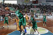 DESCRIZIONE : Porto San Giorgio Lega A1 2006-07 Premiata Montegranaro Montepaschi Siena <br /> GIOCATORE : Sato <br /> SQUADRA : Montepaschi Siena <br /> EVENTO : Campionato Lega A1 2006-2007 <br /> GARA : Premiata Montegranaro Montepaschi Siena <br /> DATA : 29/04/2007 <br /> CATEGORIA : Rimbalzo <br /> SPORT : Pallacanestro <br /> AUTORE : Agenzia Ciamillo-Castoria/G.Ciamillo