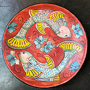 BAREFOOT. Painted plates