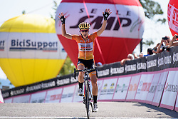 Evelyn Stevens (Boels Dolmans) wins Giro Rosa 2016 - Stage 6. A 118.6 km road race from Andora to Alassio, Italy on July 7th 2016.