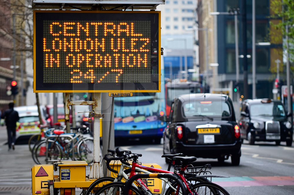 © Licensed to London News Pictures. 08/04/2019. LONDON, UK.  An illuminated sign reminds drivers in Southwark that the Ultra Low Emission Zone is now in force 24 hours a day.  Coming into effect on 8 April, within the same area of central London as the Congestion Charge, most vehicles, including cars and vans, need to meet the ULEZ emissions standards or their drivers must pay a daily charge to drive within the zone.  The ULEZ is an initiative to improve air quality and public health in central London and is supported by the Mayor of London.  Photo credit: Stephen Chung/LNP