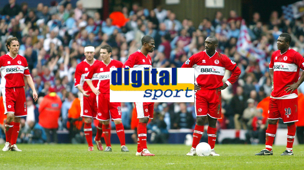 Photo: Chris Ratcliffe.<br /> Middlesbrough v West Ham United. The FA Cup, Semi-Final. 23/04/2006.<br /> Gutted Middlesbrough players