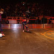 Panna wedstrijd Arena, Katja Schuurman tegen Raoul Heertje en Najib Amhali