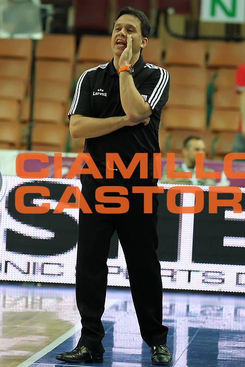 DESCRIZIONE : Katowice Poland Polonia Eurobasket Women 2011 Round 1 Greece Latvia Grecia Lettonia<br /> GIOCATORE : George Dikeoulakos<br /> SQUADRA : Latvia Lettonia<br /> EVENTO : Eurobasket Women 2011 Campionati Europei Donne 2011<br /> GARA : Greece Latvia Grecia Lettonia<br /> DATA : 18/06/2011<br /> CATEGORIA : time out coach<br /> SPORT : Pallacanestro <br /> AUTORE : Agenzia Ciamillo-Castoria/E.Castoria<br /> Galleria : Eurobasket Women 2011<br /> Fotonotizia : Katowice Poland Polonia Eurobasket Women 2011 Round 1 Greece Latvia Grecia Lettonia<br /> Predefinita :