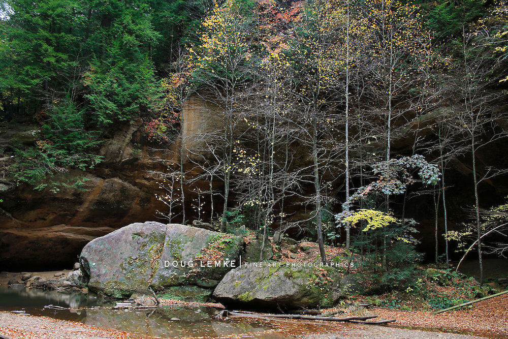 Large Boulders And Autumn Colors In The Scenic Old Man's Cave State Park Of Central Ohio, Hocking Hills Region, USA