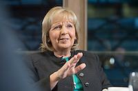 23 JAN 2017, BERLIN/GERMANY:<br /> Hannelore Kraft, SPD, Ministerpraesidentin Nordrhein-Westfalen, während einem Interview, Landesvertretung Nordrhein-Westfalen<br /> IMAGE: 20170123-02-004