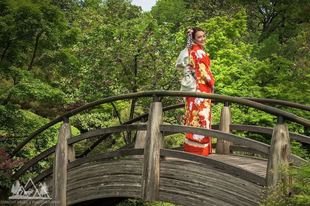 Kristi wearing her family heir loom Kimono.  Images captured at the Ft Worth Japanese Garden