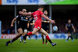 Owen Farrell of Saracens clears the ball - Mandatory by-line: Ryan Hiscott/JMP - 29/12/2019 - RUGBY - Sandy Park - Exeter, England - Exeter Chiefs v Saracens - Gallagher Premiership Rugby