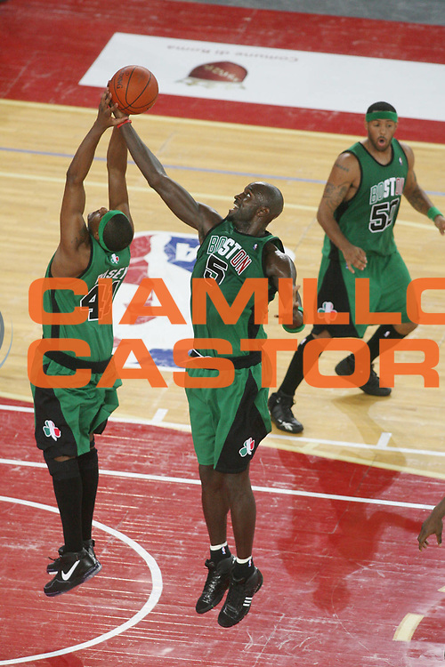 DESCRIZIONE : Roma Nba Europe Live Tour 2007 Toronto Raptors Boston Celtics <br />