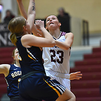 Women's Basketball: University of Chicago Maroons vs. University of Rochester Yellowjackets. Chicago wins 63-44.<br /> (Credit: Dean Reid, d3photography.com)