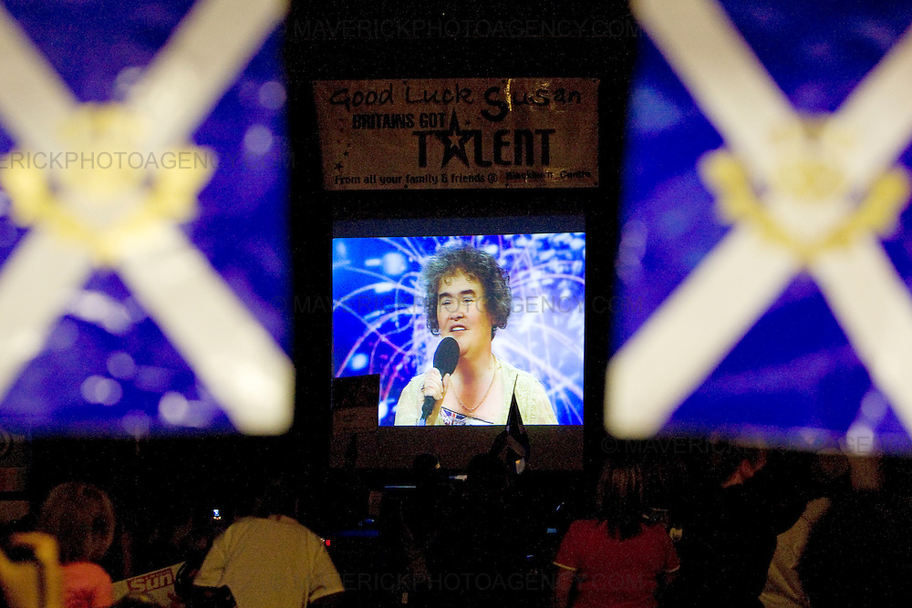 Neighbours, freinds  fans and locals from Blackburn come together at  the local community centre to watch  Britain's Got Talent star Susan Boyle perform live in front of the nation for the first time tonight as she battles it out for a place in the show's final..The 48-year-old from West Lothian became a worldwide sensation after her audition performance of I Dreamed A Dream was screened last month...Picture Michael Hughes/Maverick ...