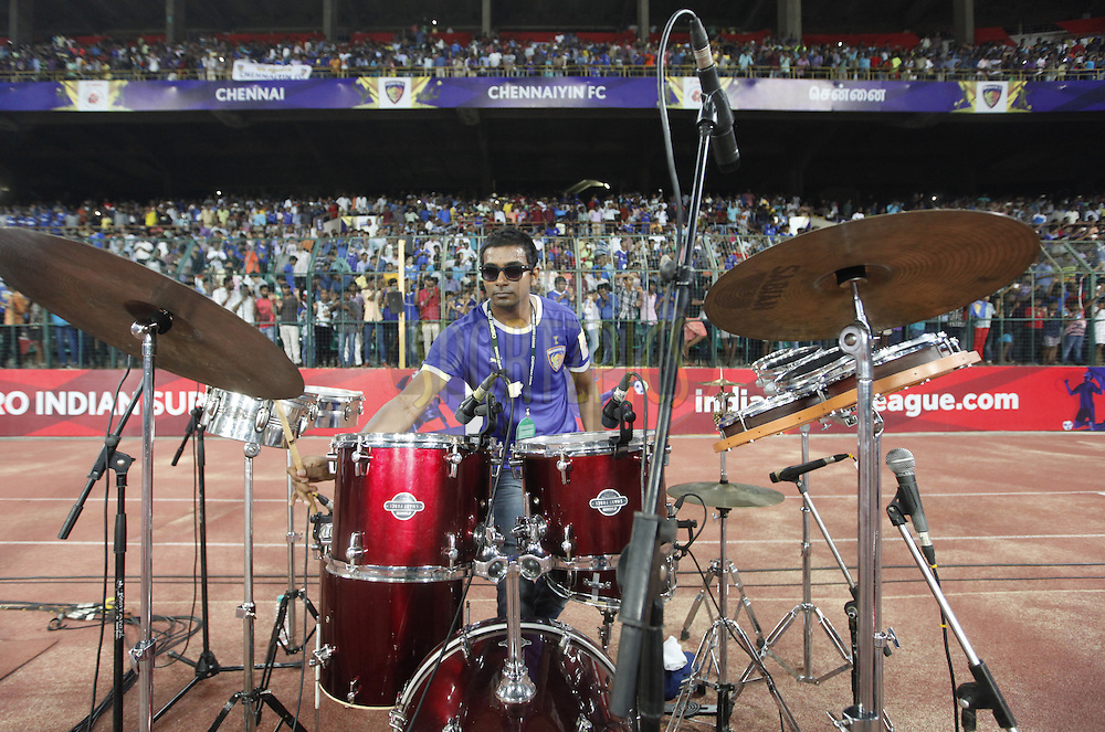 Drum artist during match 6 of the Indian Super League (ISL) season 3 between Chennaiyin FC and Delhi Dynamos FC held at the Jawaharlal Nehru Stadium in Chennai, India on the 6th October 2016.<br /> <br /> Photo by Arjun Singh / ISL/ SPORTZPICS