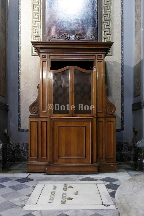confession booth Italy Rome