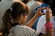 Ribeirao das Neves_MG, Brasil...Cineasta norte-americano David Lynch, em passagem no Brasil, que reuniu mais de 5000 criancas na Cidade dos Meninos Sao Vicente de Paula...The American cineaste David Lynch, visited to Brasil in Cidade dos Meninos Sao Vicente de Paula...Fotos: JOAO MARCOS ROSA / NITRO..