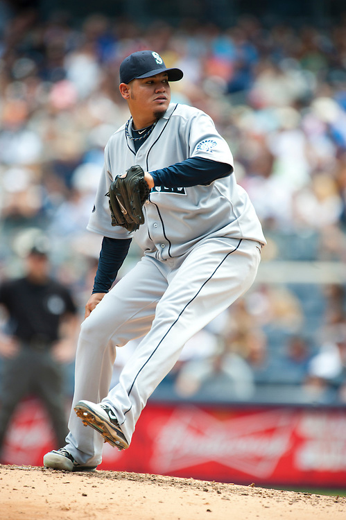 NEW YORK - JULY 27: Felix Hernandez #34 of the Seattle Mariners pitches during the game against the New York Yankees at Yankee Stadium on July 27, 2011 in the Bronx borough of Manhattan. (Photo by Rob Tringali) *** Local Caption *** Felix Hernandez