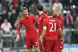 04.11.2015, Allianz Arena, Muenchen, GER, UEFA CL, FC Bayern Muenchen vs FC Arsenal, Gruppe F, im Bild Schlussjubel,Thomas Mueller #25 (FC Bayern Muenchen), Javi Martinez #8 (FC Bayern Muenchen), Philipp Lahm #21 (FC Bayern Muenchen), Arjen Robben #10 (FC Bayern Muenchen) // during the UEFA Champions League group F match between FC Bayern Munich and FC Arsenal at the Allianz Arena in Muenchen, Germany on 2015/11/04. EXPA Pictures © 2015, PhotoCredit: EXPA/ Eibner-Pressefoto/ KOLBERT<br /> <br /> *****ATTENTION - OUT of GER*****