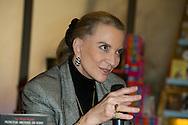 S.A.R. Le Princesse Michael de Kent était présente à Bruxelles  pour la présentation de son dernier livre. Après une présentation en très bon français, son altesse à également rencontrer les lecteurs et à réalisée plusieurs autographes.<br /> Le 27 novembre 2014, Bruxelles, Belgique
