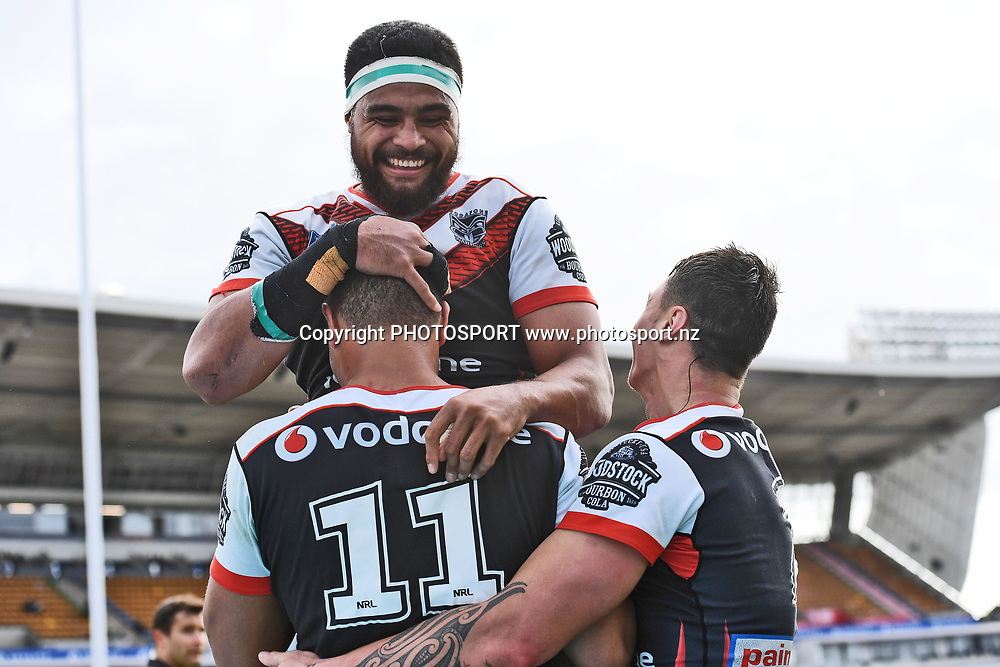 Ofahiki Ogden (11) is conrgatulated by Toafofoa Sipley, NZ Warriors v Wentworthville, Round 23 of the 2017 ISP Intrust Super Premiership Rugby League season at Mt Smart Stadium, Auckland, New Zealand. 13 August 2017. Copyright photo: Andrew Cornaga/ www.photosport.nz