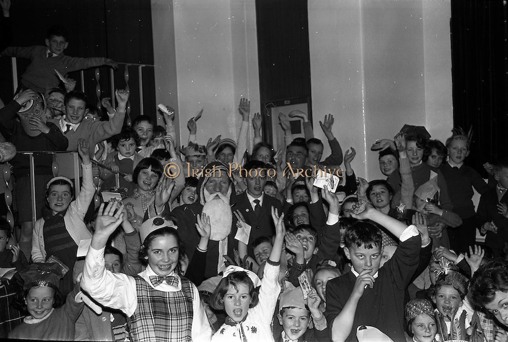 16/12/1962<br /> 12/16/1962<br /> 16 December 1962<br /> Irish Shell and BP Limited Childrens Party at C.I.E. Hall, Marlborough Street, Dublin.