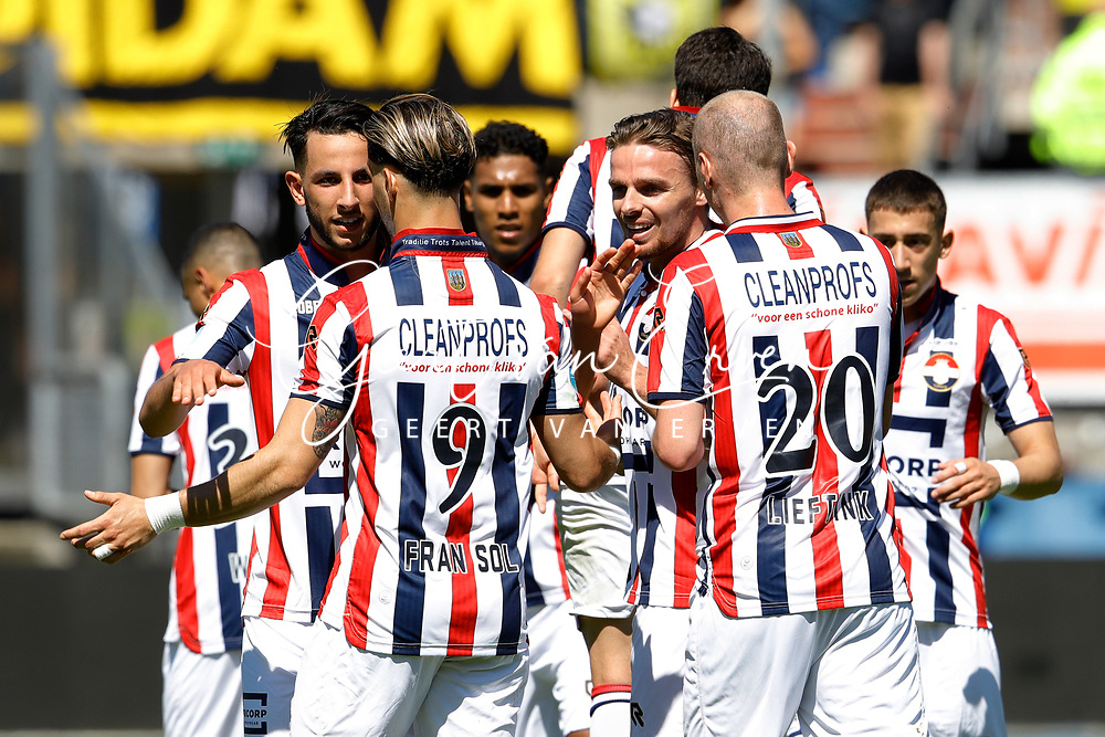 *Konstantinos Tsimikas* of Willem II celebrates 1-0 with *Ismail Azzaoui* of Willem II, *Fran Sol* of Willem II, *Ben Rienstra* of Willem II, *Elmo Lieftink* of Willem II