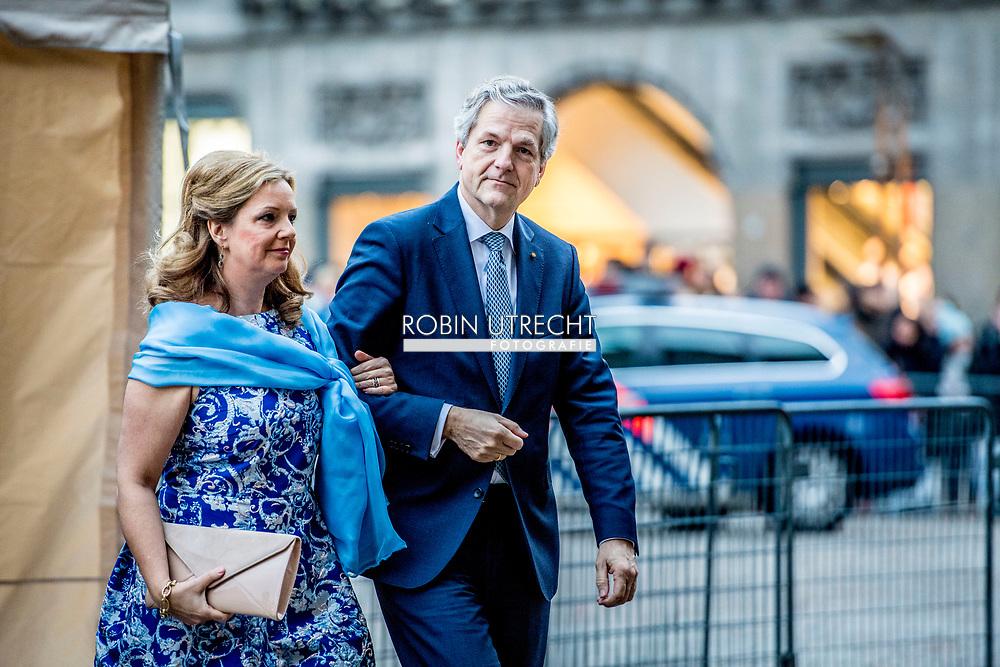 AMSTERDAM - Chris Breedveld    arriveren  bij het Koninklijk Paleis op de Dam voor het verjaardagsontvangst van prinses Beatrix. De prinses viert haar tachtigste verjaardag in besloten kring. ANP ROYAL IMAGES ROBIN UTRECHT